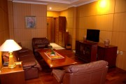 Senyiur_Suite_Living_Room_HBS.jpg